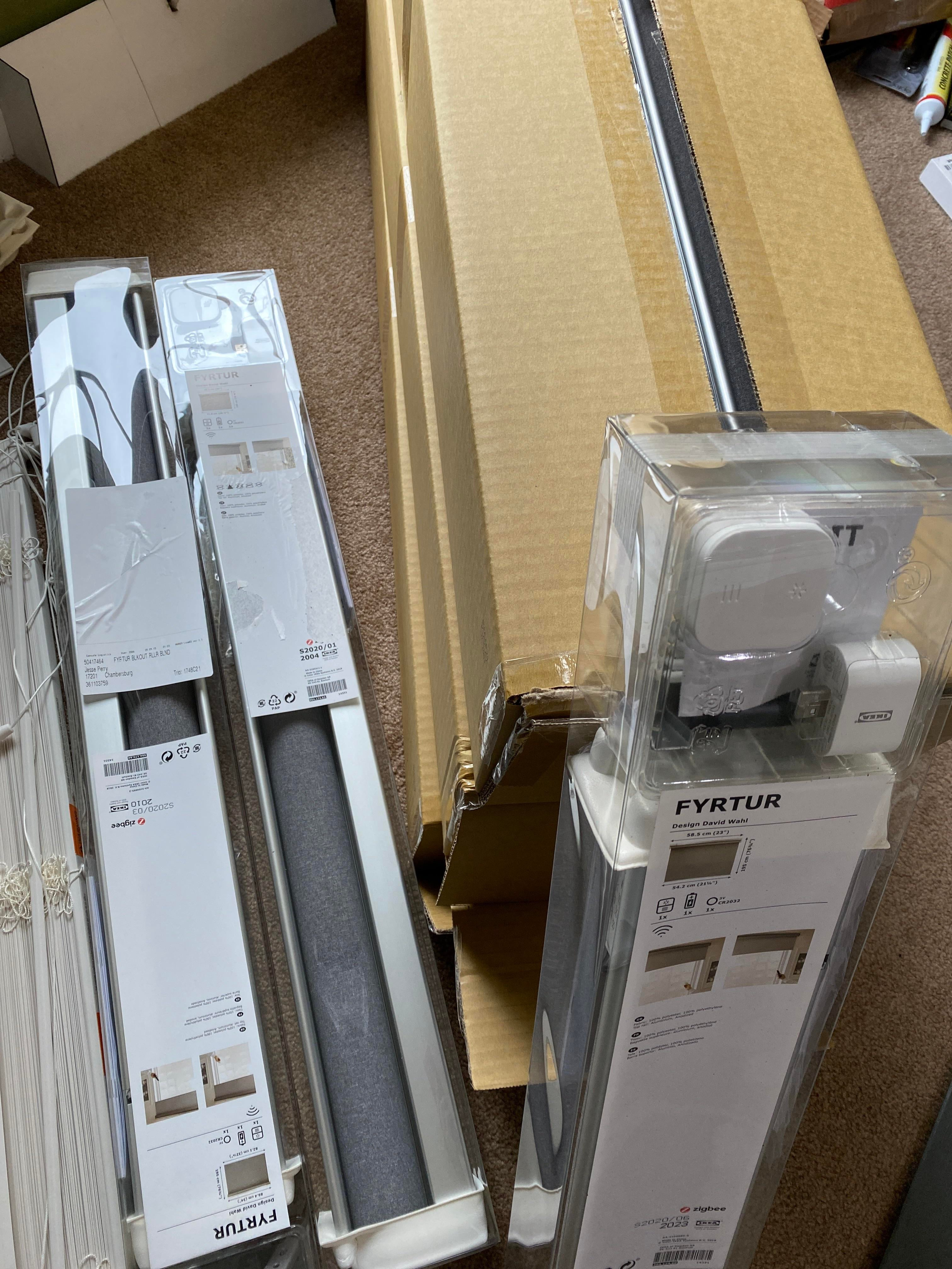 14 blinds IKEA Fyrtur to install