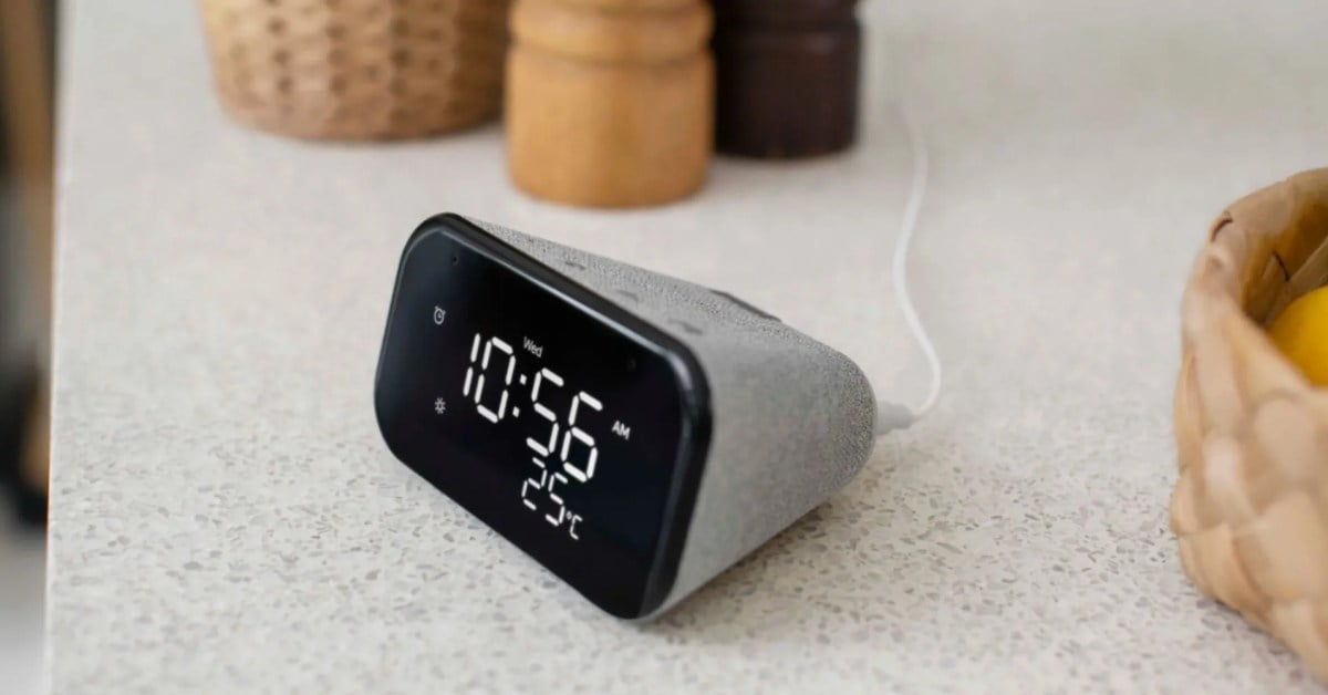 Pack Lenovo Smart Clock Essential with an RGB Smart Bulb for just $ 18 (70% off), more