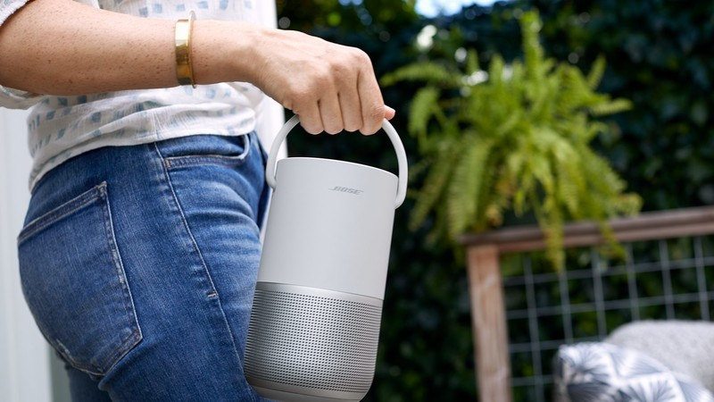 Sonos Move Vs. Bose Smart Portable Speaker: Which Should You Buy?