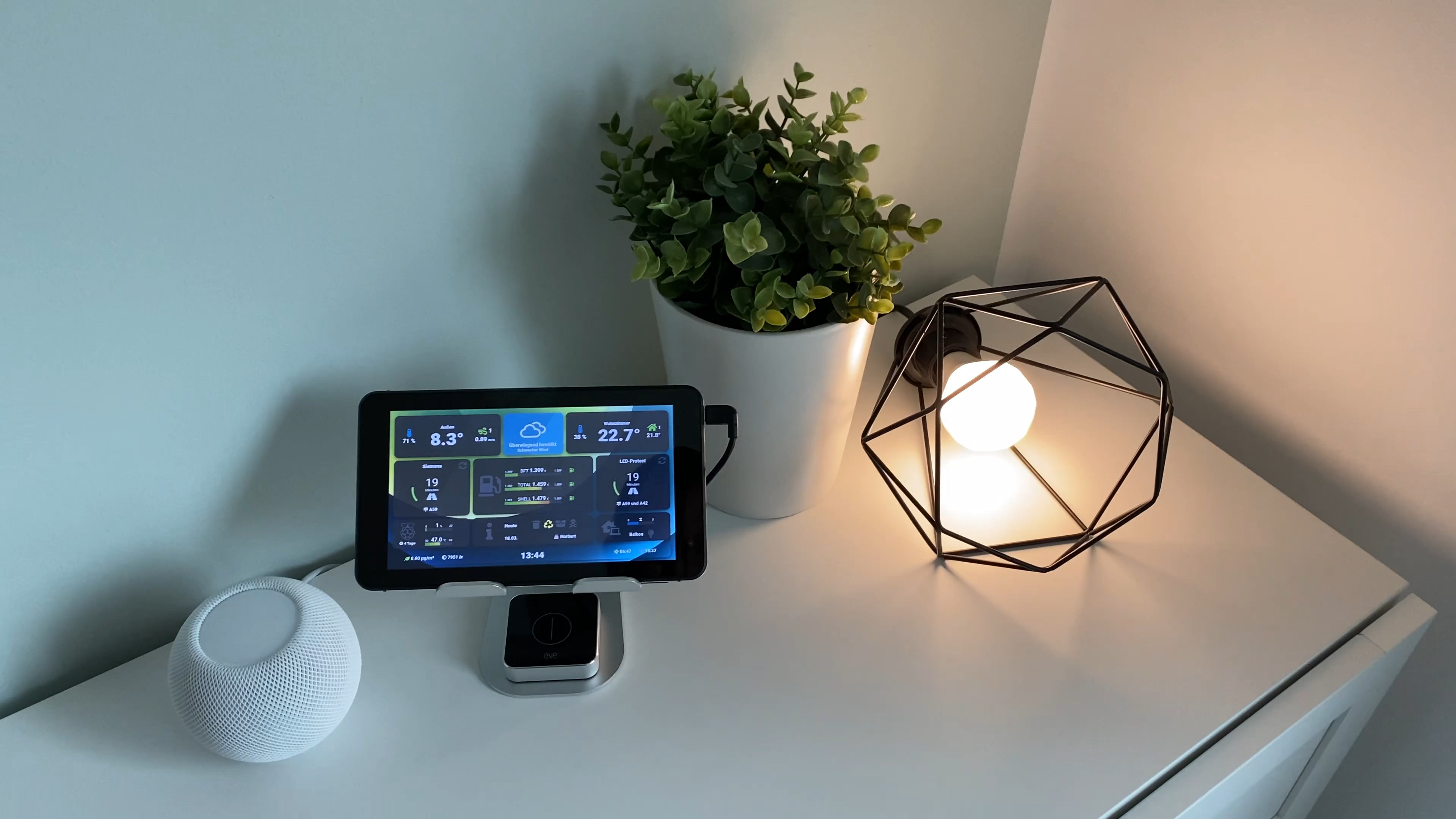 Use the Node RED dashboard old Android tablet to trigger HomeKit