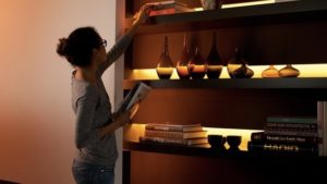 What is the Best Lightips Extender by Philips Hue?