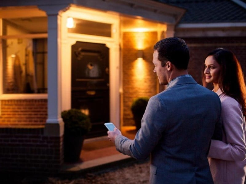 smart home  Do you have a chandelier? Here are the best smart bulbs for you    Christopher Close and Jason Cockerham 3 months ago  It's hard to find smart lights for those candlesticks and candlesticks, but we've got you covered.