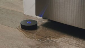 The new Phyn water sensor protects your home from wireless leaks